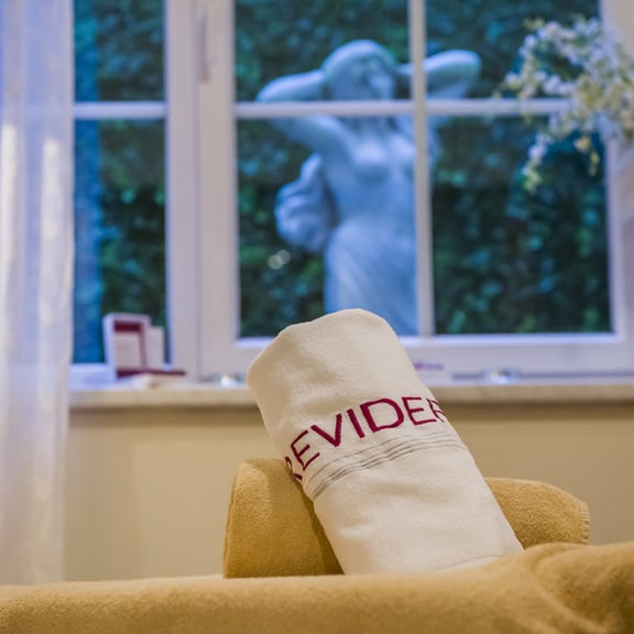 Anti Aging with Reviderm