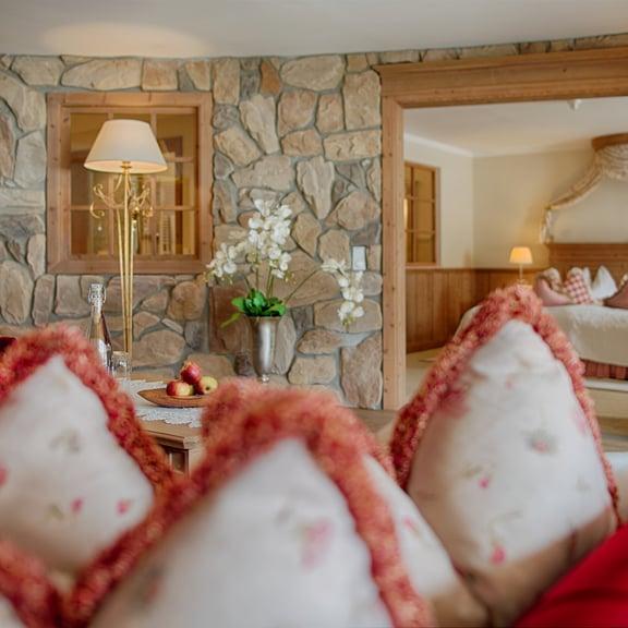 Suites & rooms